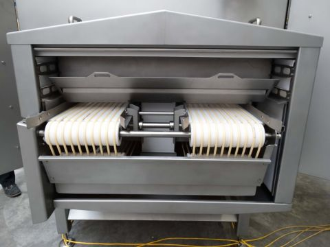 Ronair drying system for vacuum-packed sausages